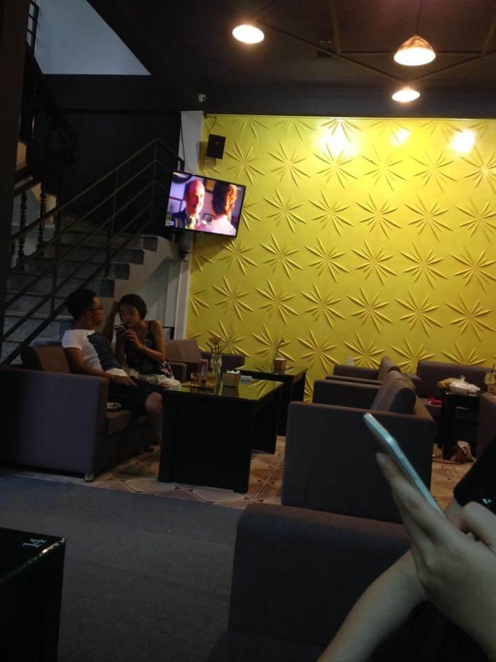 trang trí karaoke 3d