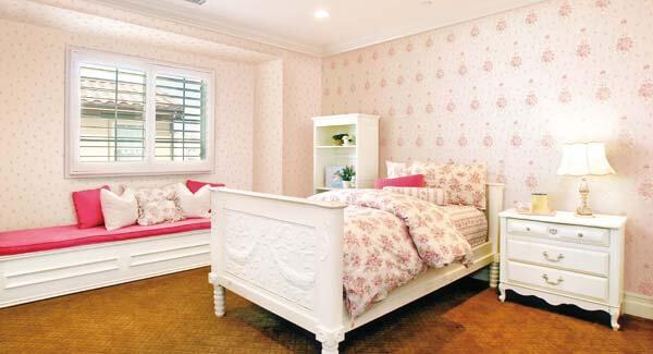 5 Tuyệt chiêu chọn giấy dán tường thích hợp cho phòng ngủ