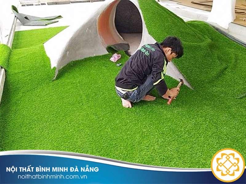 thi-cong-co-nhan-tao-san-golf1